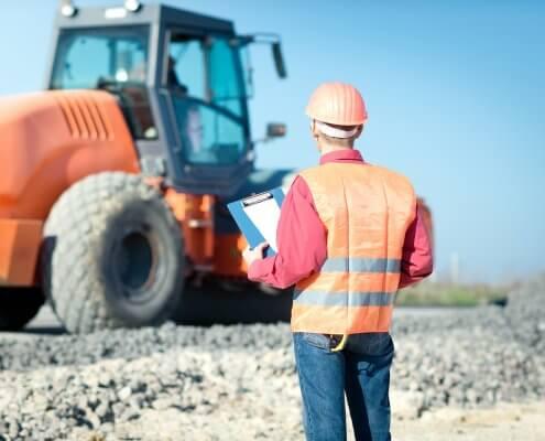 budowa drogi buldożer nadzór przyrodniczy