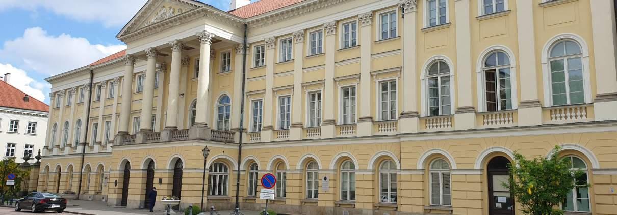 zdjęcie budynku Pałac Kazimierzowski rektorat UW opinia ornitologiczna
