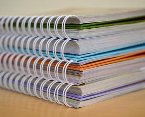 zdjęcie dokumentów karta informacyjna przedsięwzięcia
