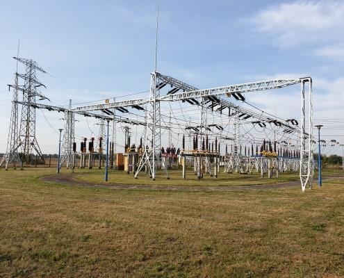 zdjęcie stacji elektroenergetycznej